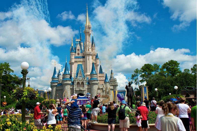 10 ways to save money in Disney world trip
