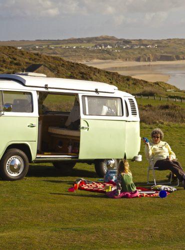 Camper Van Holidays: Travel in Comfort, Enjoy an Array of Activities