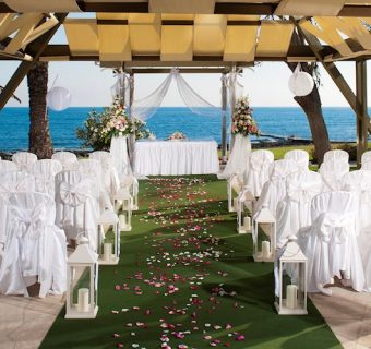 How to Book a Wedding Hotel