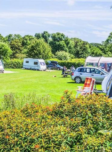 Caravanning And Camping Sites in Queensland: Book Now!